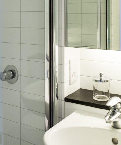 malvern house london Scape Shoreditch accommodation bathroom